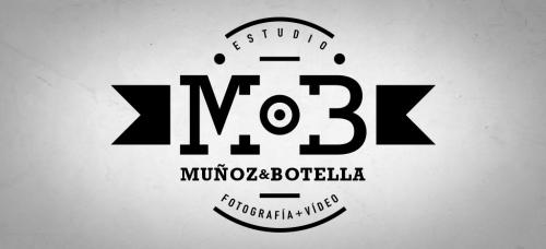 Estudio Muñoz Botella Logo